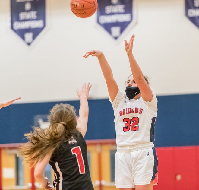 Juliet Marino (32) buries a shot during Wednesday's home win over LeRoy in Hornell.