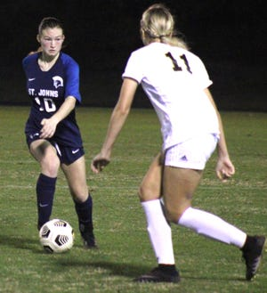 St. Johns Country Day defender Lauren Weiss (10) dribbles upfield in a January game against Oakleaf. St. Johns is bidding for another trip to the regional finals.