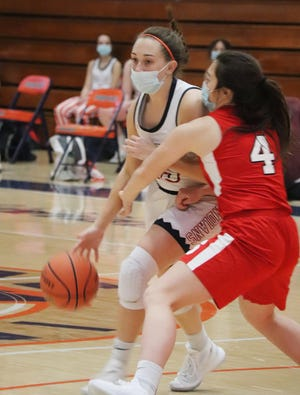 Addison Masching, shown here against Streator earlier this season, scored 19 points to lead Pontiac past Illinois Valley Central Wednesday night.