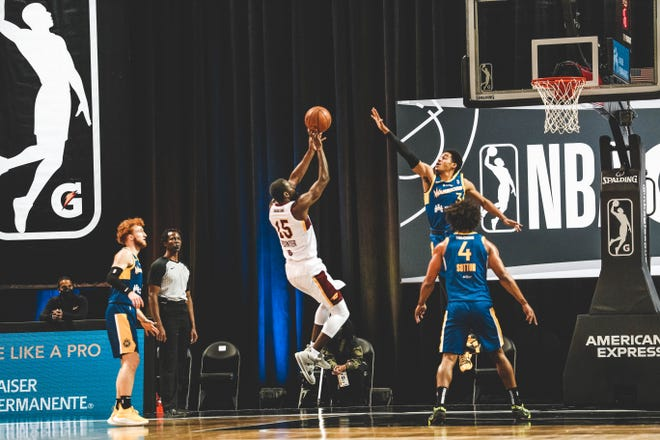 The Charge's Sir'Dominic Pointers shoots against the Santa Cruz Warriors during an NBA G League game on Feb. 17, 2021 at HP Field House in Orlando, Florida.