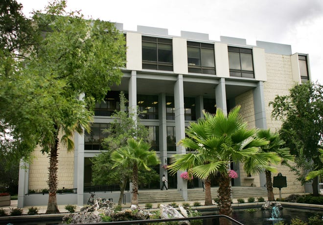 Gainesville's City Hall building downtown. [Gainesville Sun file]