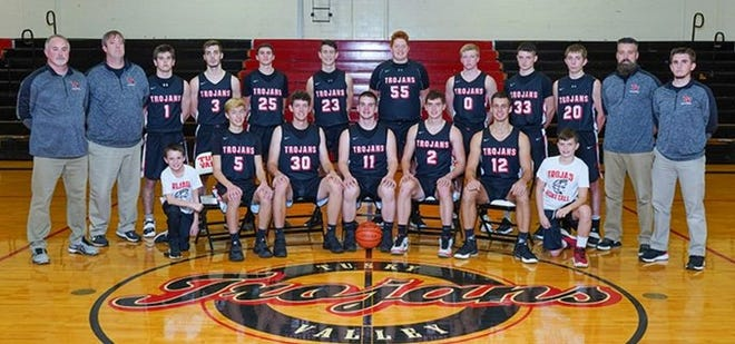 Tusky Valley won the Inter-Valley Conference South Division Championship outright with a 55-44 boys basketball win at Ridgewood Wednesday night.