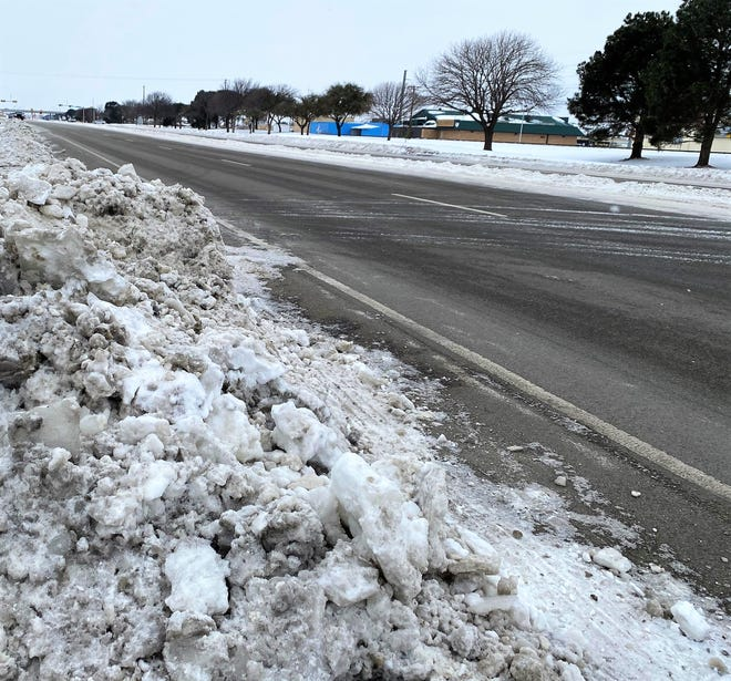 On Feb. 18, motorists on South First Street were able to drive closer to the speed limit after state crews cleared the road, shoving piles of snow to the side.