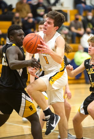 Colonel Crawford's Mason Studer scored a career-high 27 points in his team's win over Clear Fork to clinch the Eagles' first undefeated regular season in 58 years.