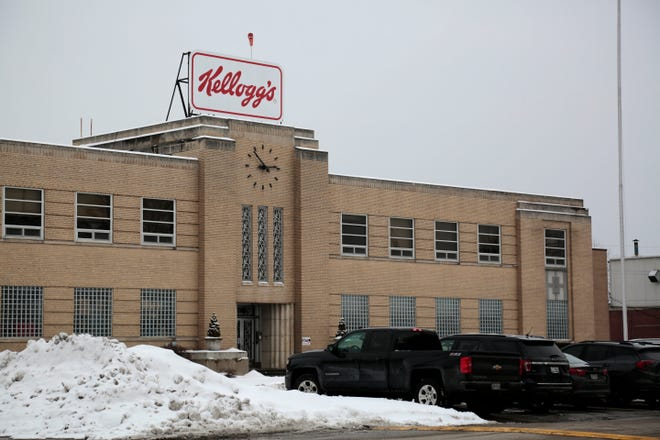 The Kellogg's Snack Division plant in Mariemont, Ohio, on Thursday, Feb. 18, 2021. Mariemont Mayor Bill Brown said the city will lose at least $200,000 in tax revenues if the Kellogg Co. proceeds with plans to cut nearly half of its 530-employee workforce at the former Keebler plant on Trade Street this year.