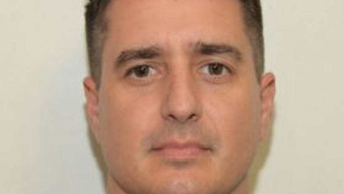 Naples police sergeant and father of four dies in off-duty Lee County crash 2