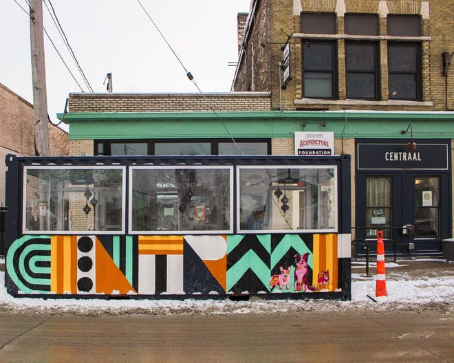 The Streetcar on Lincoln is available for dining at Centraal Grand Café & Tappery