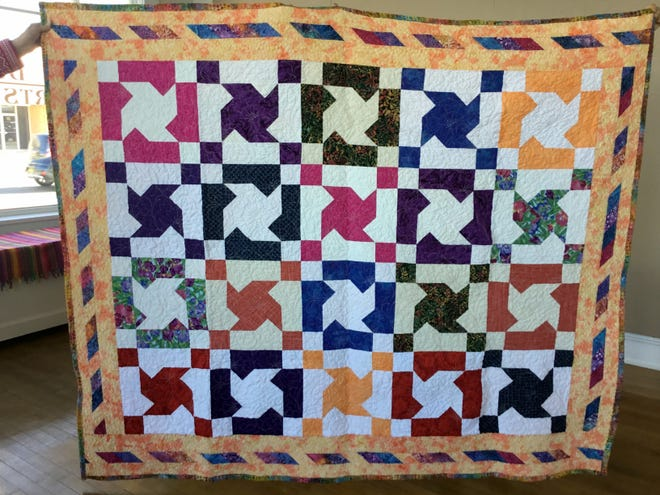 The Quilting B's donated this quilt titled, Twin Sisters to the Deming Art Council. The DAC will raffle off the quilt at noon on March 30, 2021. Tickets will be available at the quilt show for $1 each or 6 for $5.