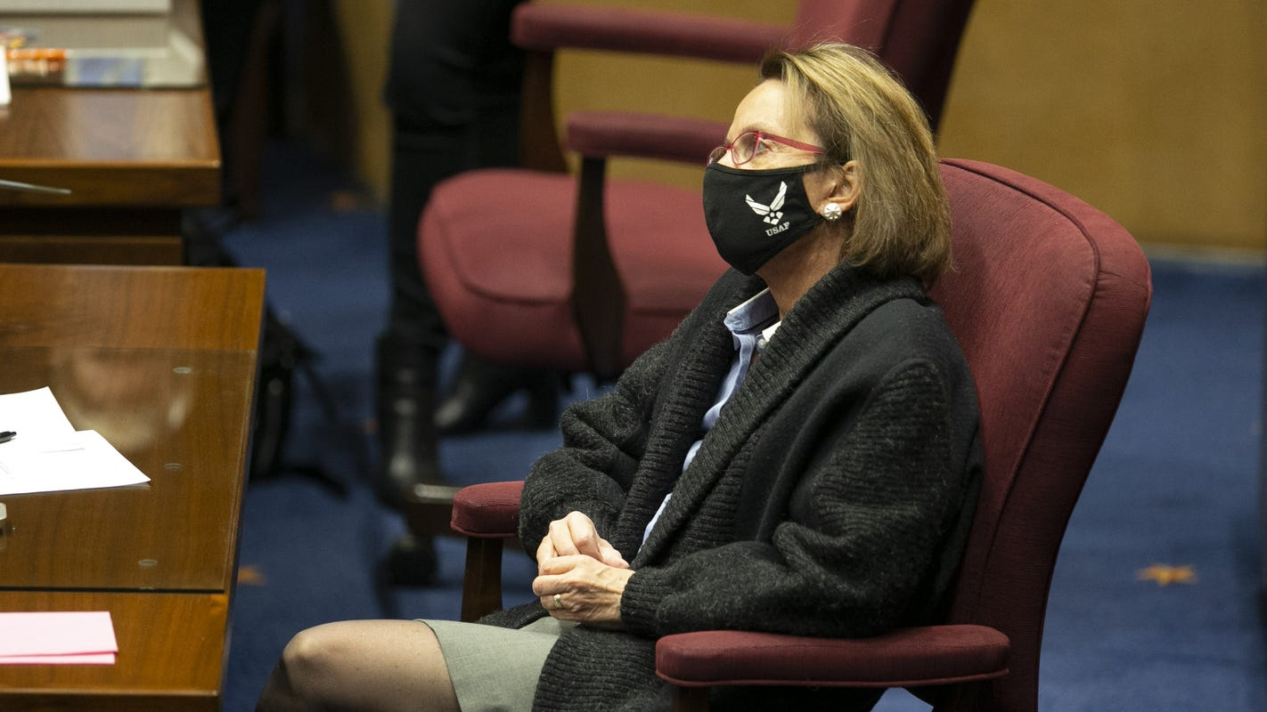 Text messages, eyewitness corroborate part of complaint against Arizona Sen. Wendy Rogers
