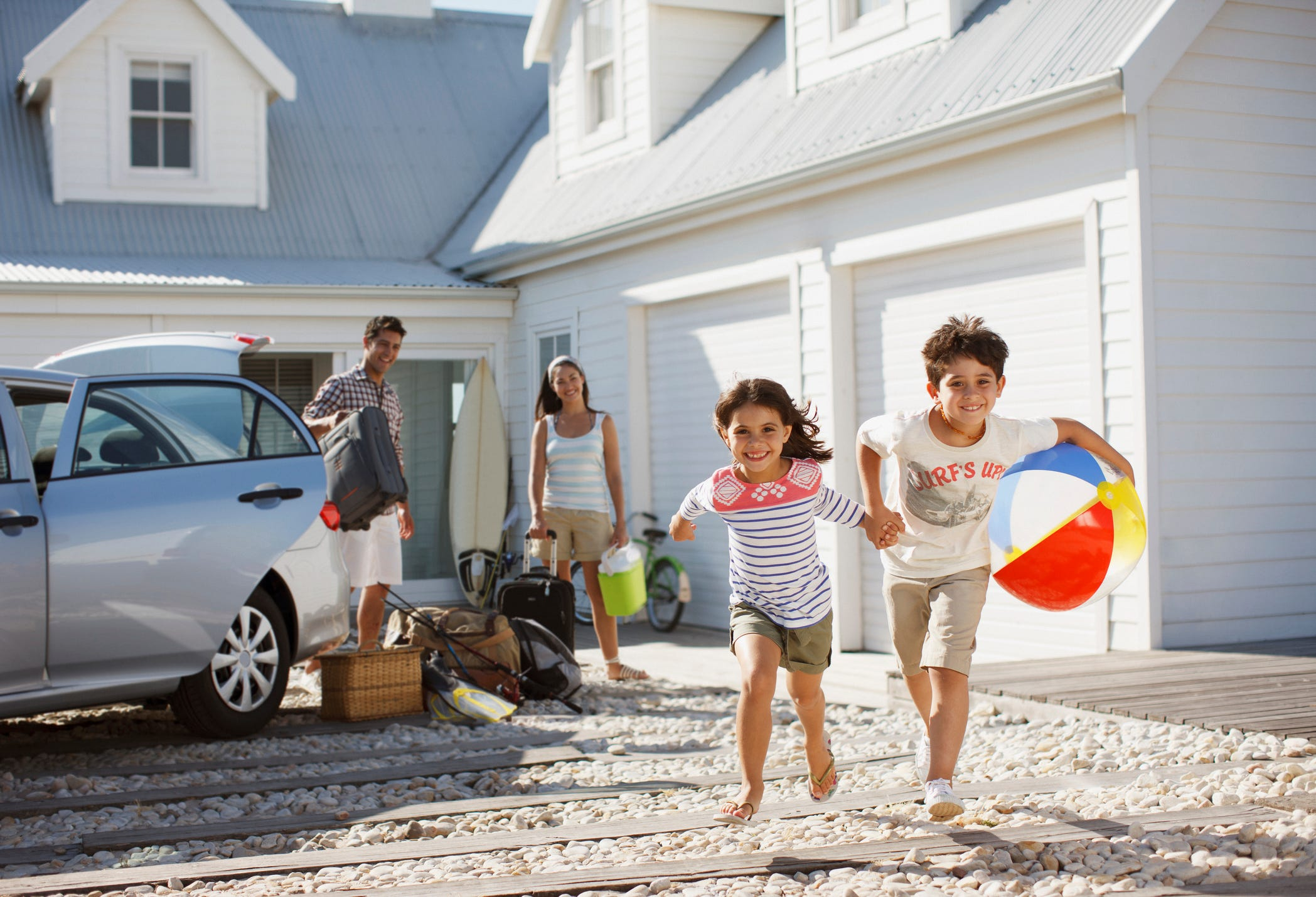 Subscription services, hotels, timeshares compete with vacation rentals for 'workcation' customers