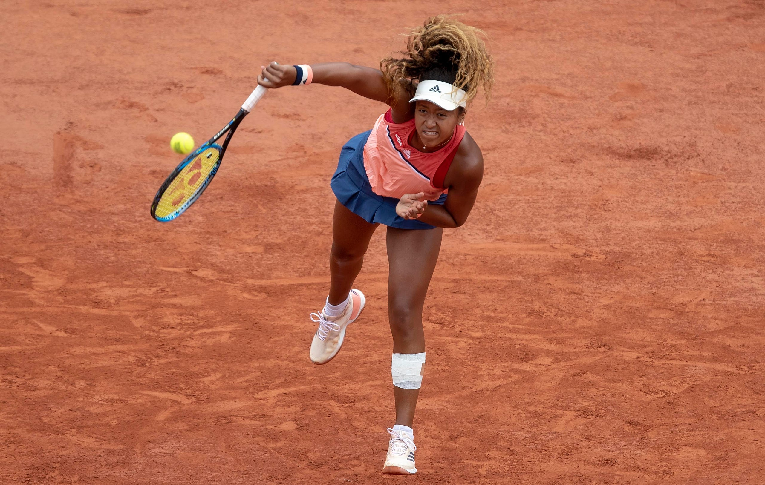 Naomi Osaka in action during her match against Madison Keys (USA) on day six of the 2018 French Open at Roland Garros on June 1, 2018 in Paris.