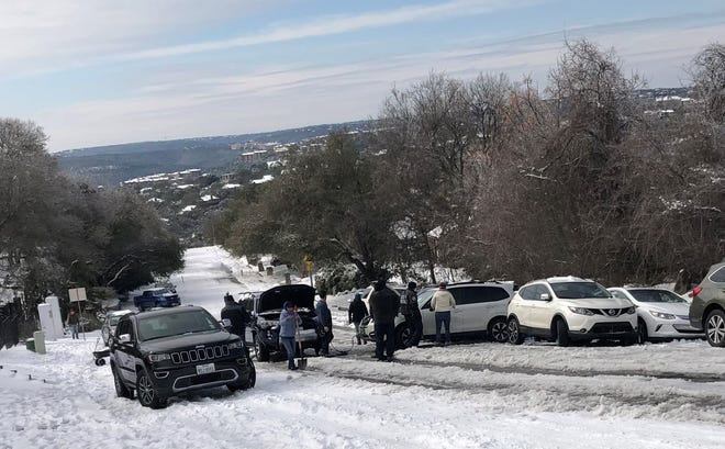 A vehicle pile-up near Jena Heath's home in February 2021 in Austin, Texas.