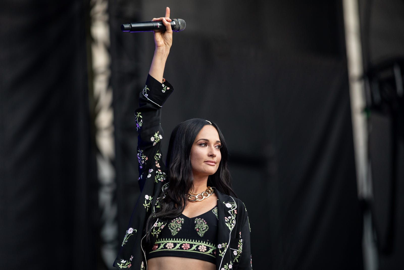 Kacey Musgraves sells Ted Cruz-inspired  Cruzin  for Bruizin  shirts to benefit Texas