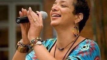 Candida Rose singing.
