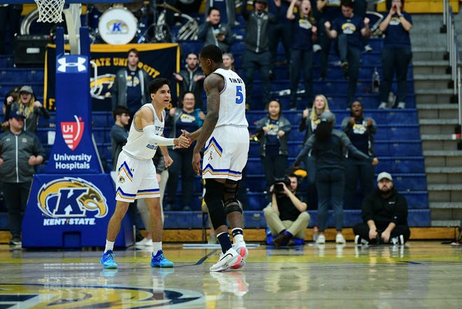 The Kent State men's basketball team has already qualified for the eight-team Mid-American Conference Tournament, which will begin March 11 in Cleveland. The Golden Flashes women's squad has also made the tourney field.