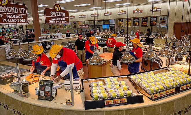 Buc-ee's, the 55,000 square feet convenience store with 104 fueling stations store, will open on Monday.