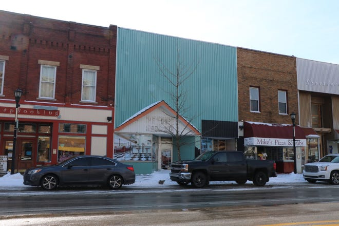 Sturgis city officials considering options for the status of the former China Garden building at 108 W. Chicago Road. According to estimates, the cost to renovate or demolish the structure is at least $400,000.