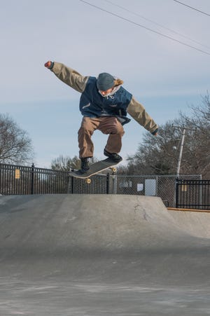 Fans of the Marshfield Skate Park are pushing for it to be reopened.
