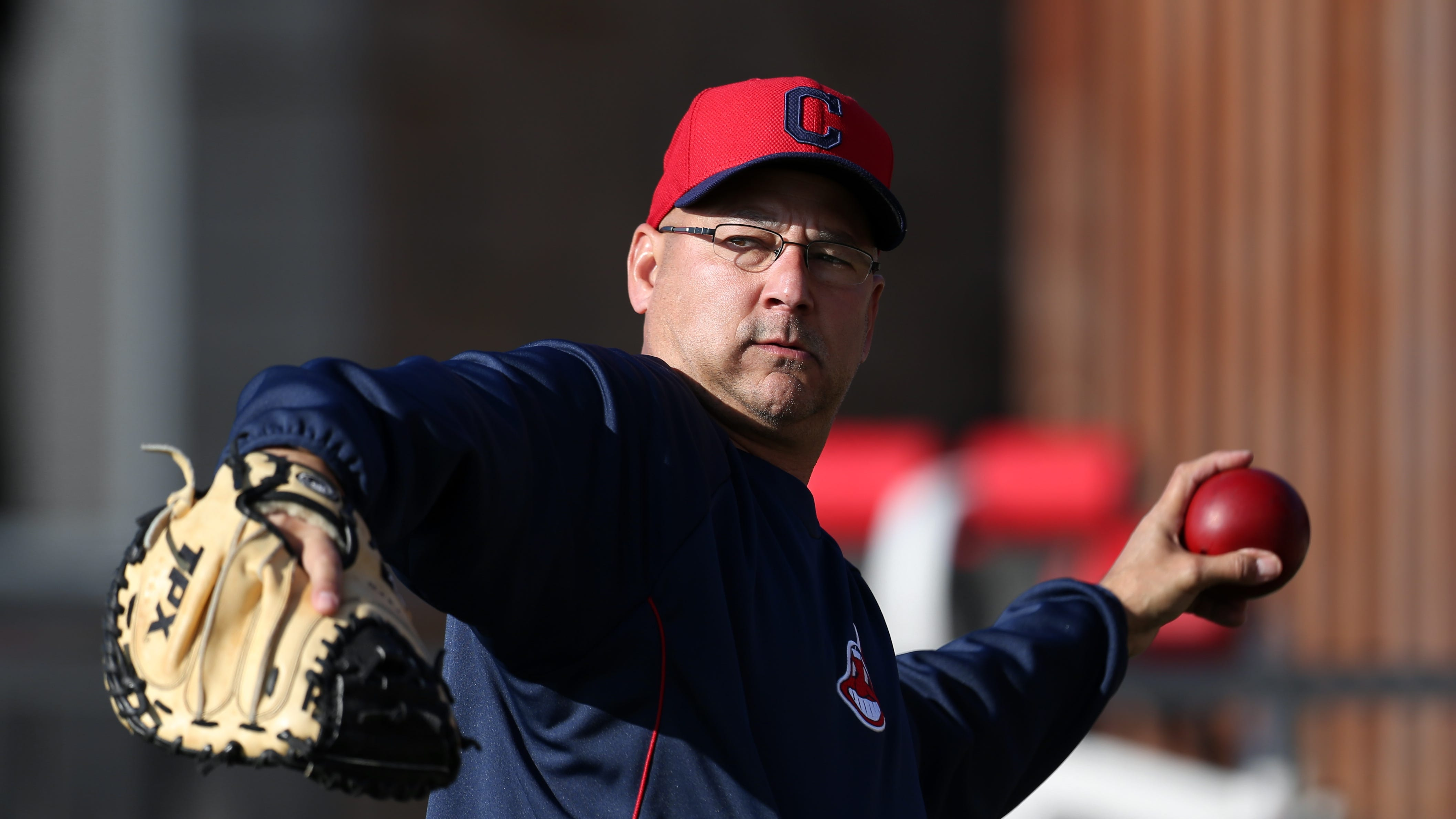 Terry Francona says no one covered for Mickey Callaway