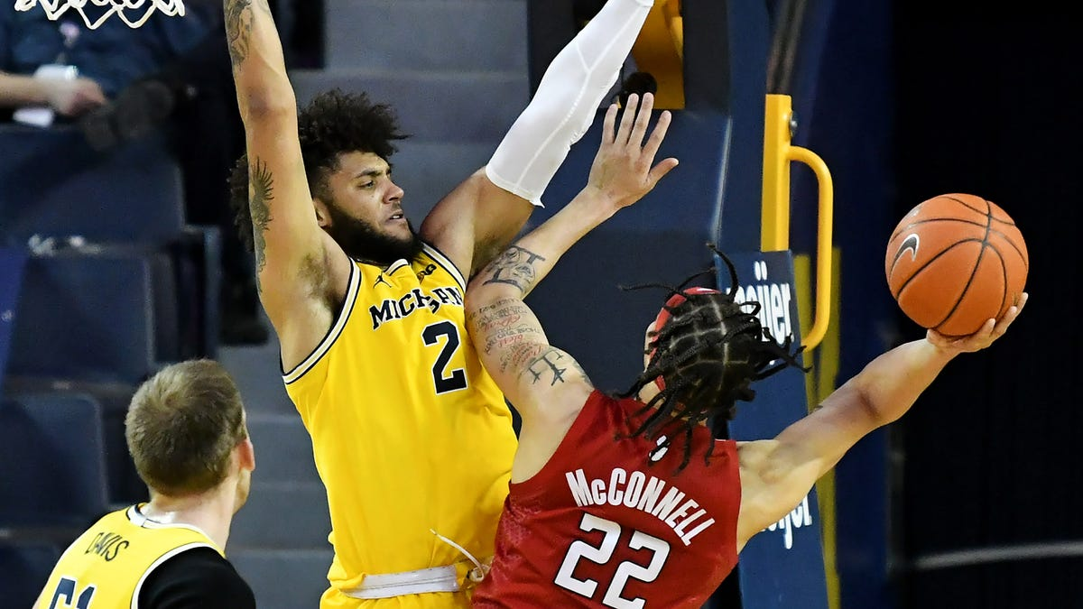 Why defense might just be Michigan hoops' calling card come March 2