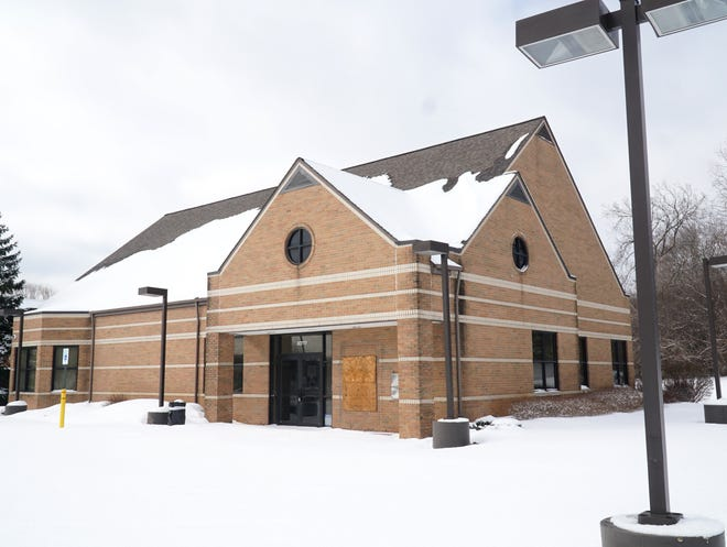 A financial advisor business is slated to set up shop at this former Bank of America location at 30777 Telegraph in Franklin.