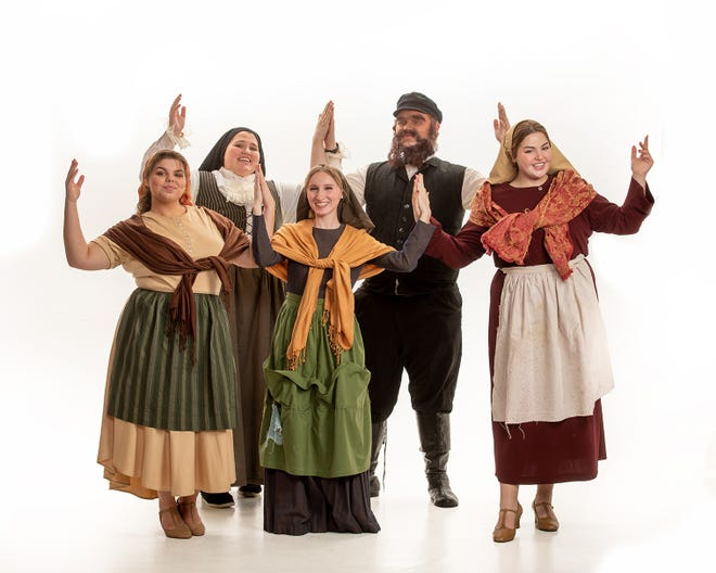 "Chava (played by Macey Stancato), from left, Tzeitel (Gabby Harrison), Golde (Julia Zamarelli) and Hodel (Jillian Zamarelli, back, are featured in ""Fiddler on the Roof,"" along with Cullen McKay, back, as Tevye."