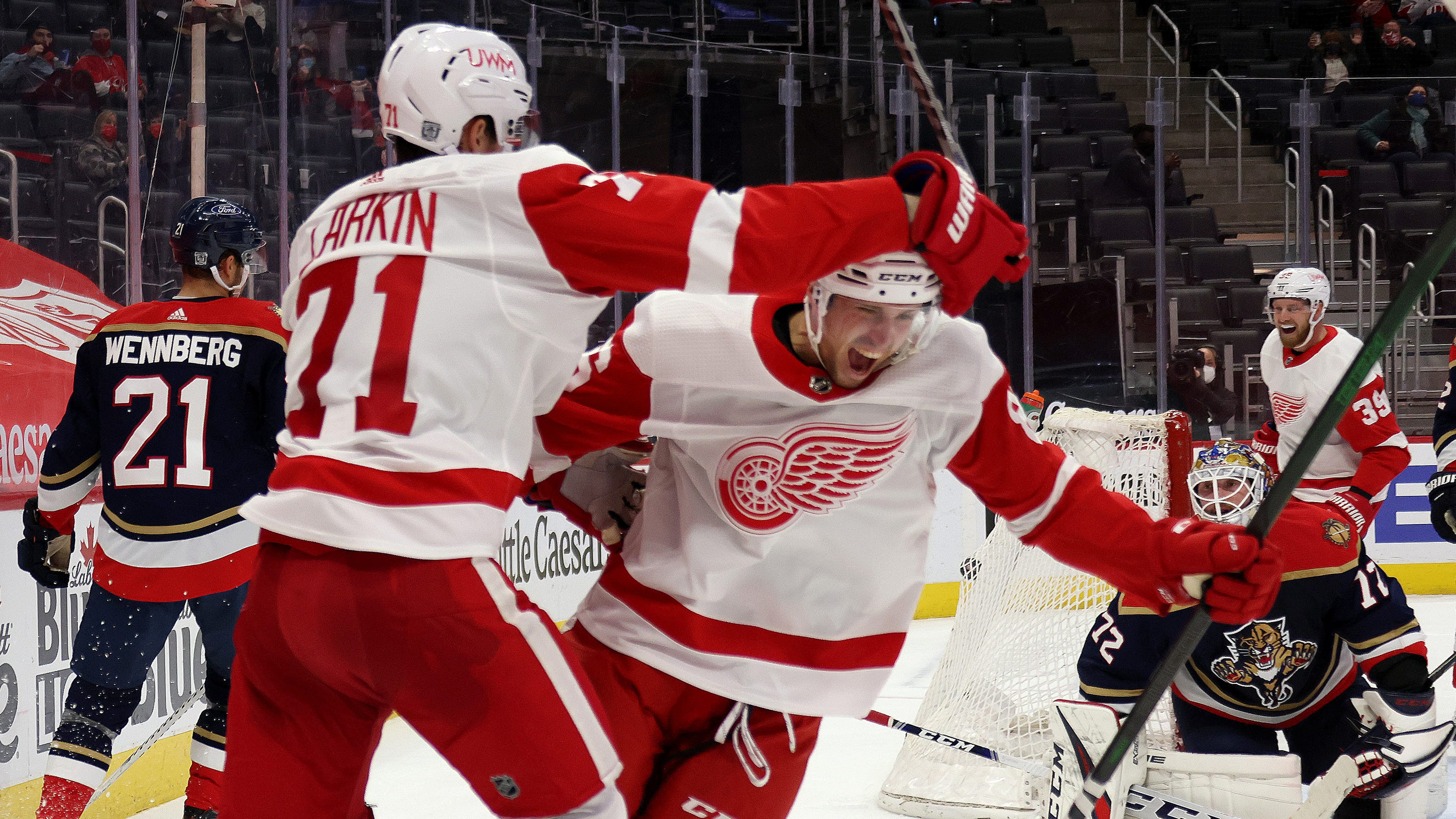 Detroit Red Wings respond after gut-punch losses on, off the ice; 'we showed up and battled' - Detroit Free Press