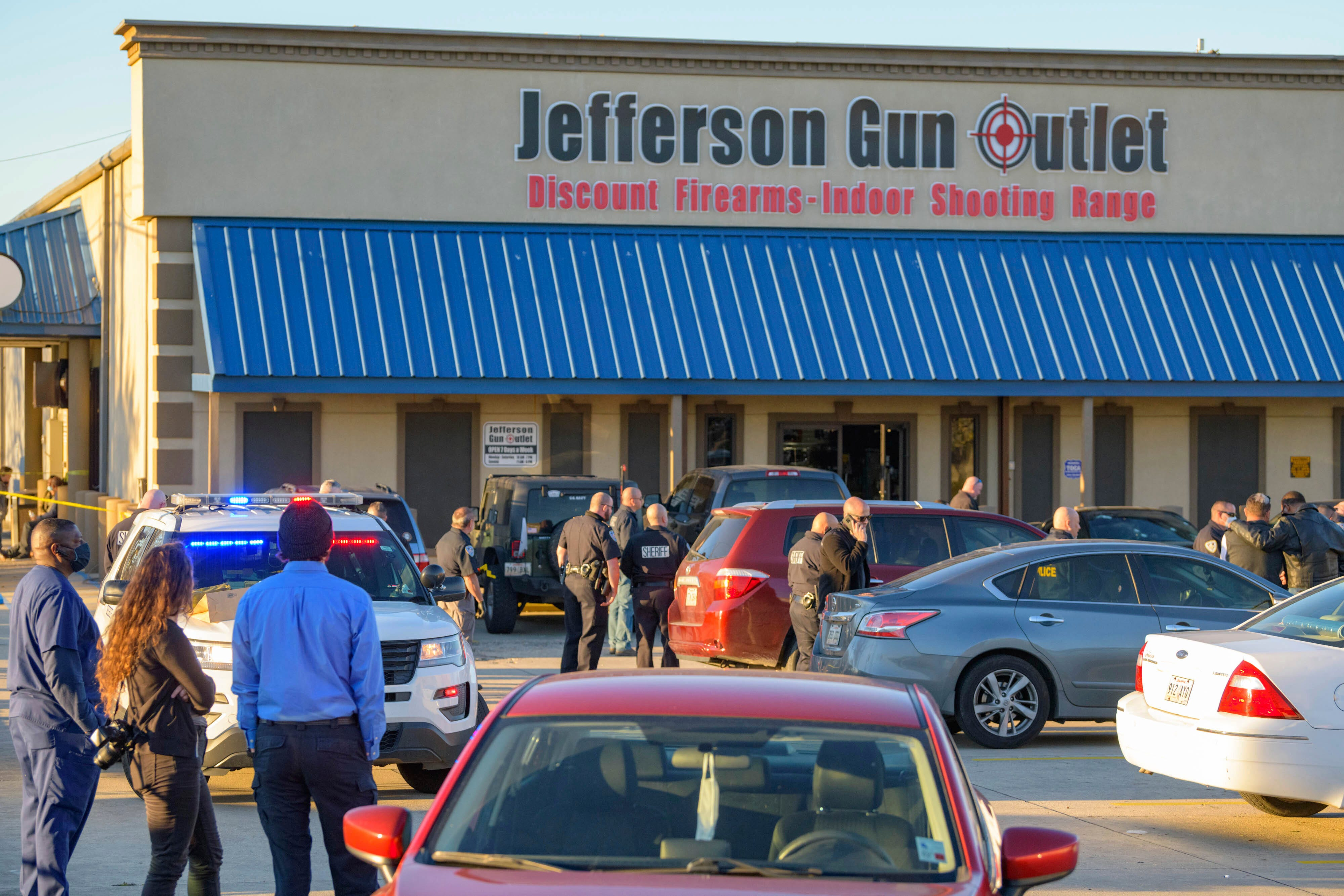 Sheriff: 3 dead in gun store shooting in New Orleans suburb 2