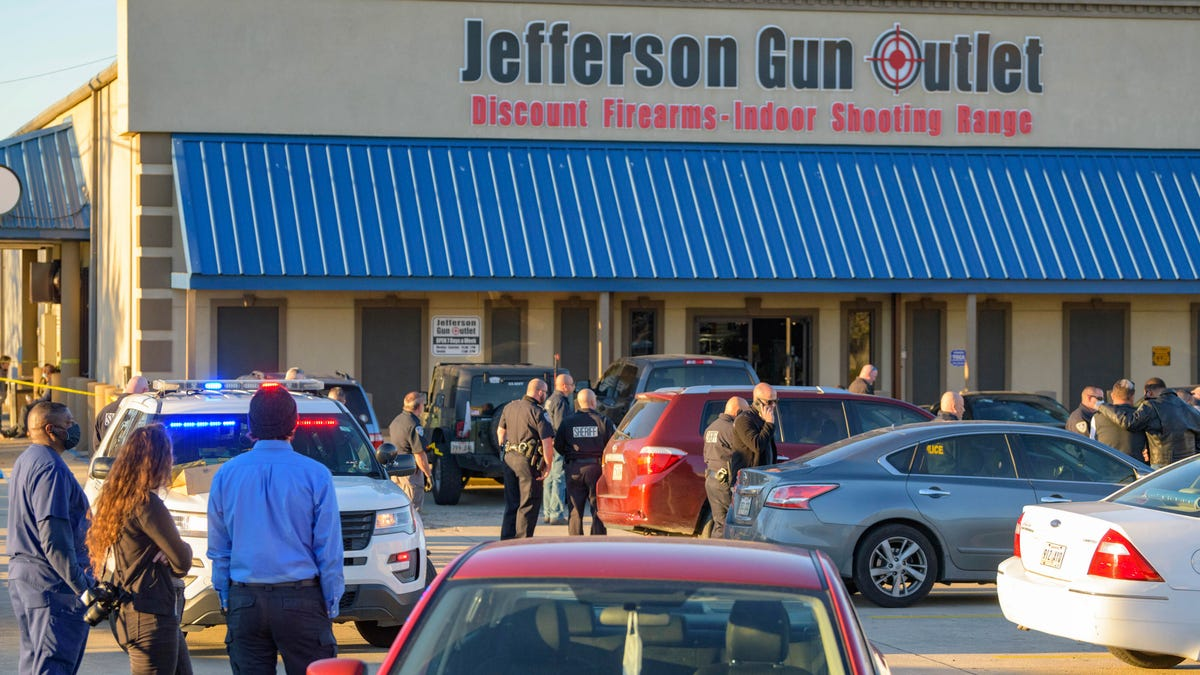 Sheriff: 3 dead in gun store shooting in New Orleans suburb 3