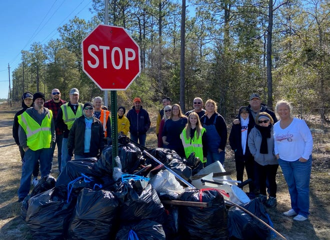 A group of 30 volunteers from the Leisure Lakes community gathered Saturday, February 20, to clean up litter and remove large trash from the roadside along Chain Lake Road. The Washington County Public Works department provided support Monday, February 22, by picking up the collected garbage for disposal, leaving a thankful Leisure Lakes community to enjoy the neighborhood they've worked so hard to cultivate.