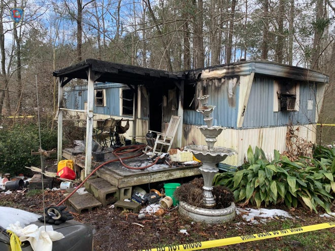 A Natchitoches woman died Sunday after a fire at a mobile home, one of three Cenla residents to die over the weekend. Two Marksville residents died Saturday of carbon monoxide poisoning from a generator used in a camper trailer.
