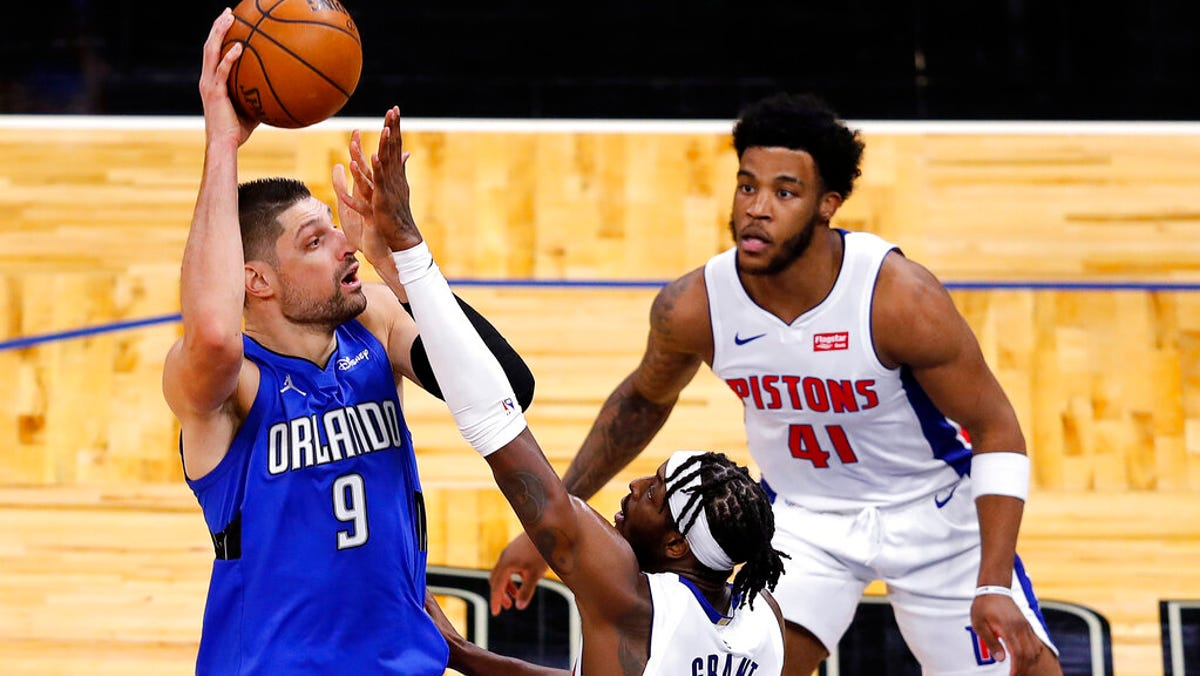 Vucevic, Fournier too much for Pistons in 105-96 loss to Magic 2