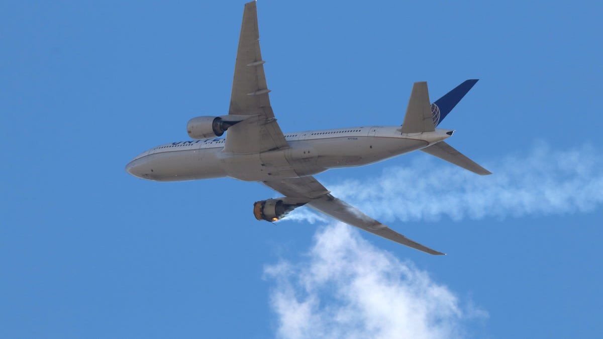 Boeing: 777s with engine that blew apart should be grounded 3