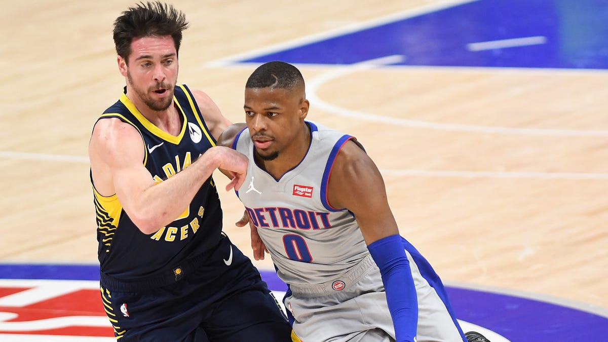 Beard: Delon Wright's injury opens door for Pistons' young guards 1