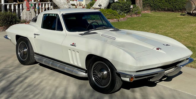 This fully restored 1966 Corvette (lot #258) will be for sale at the McCormick Palm Springs car sale on Feb. 26-28.