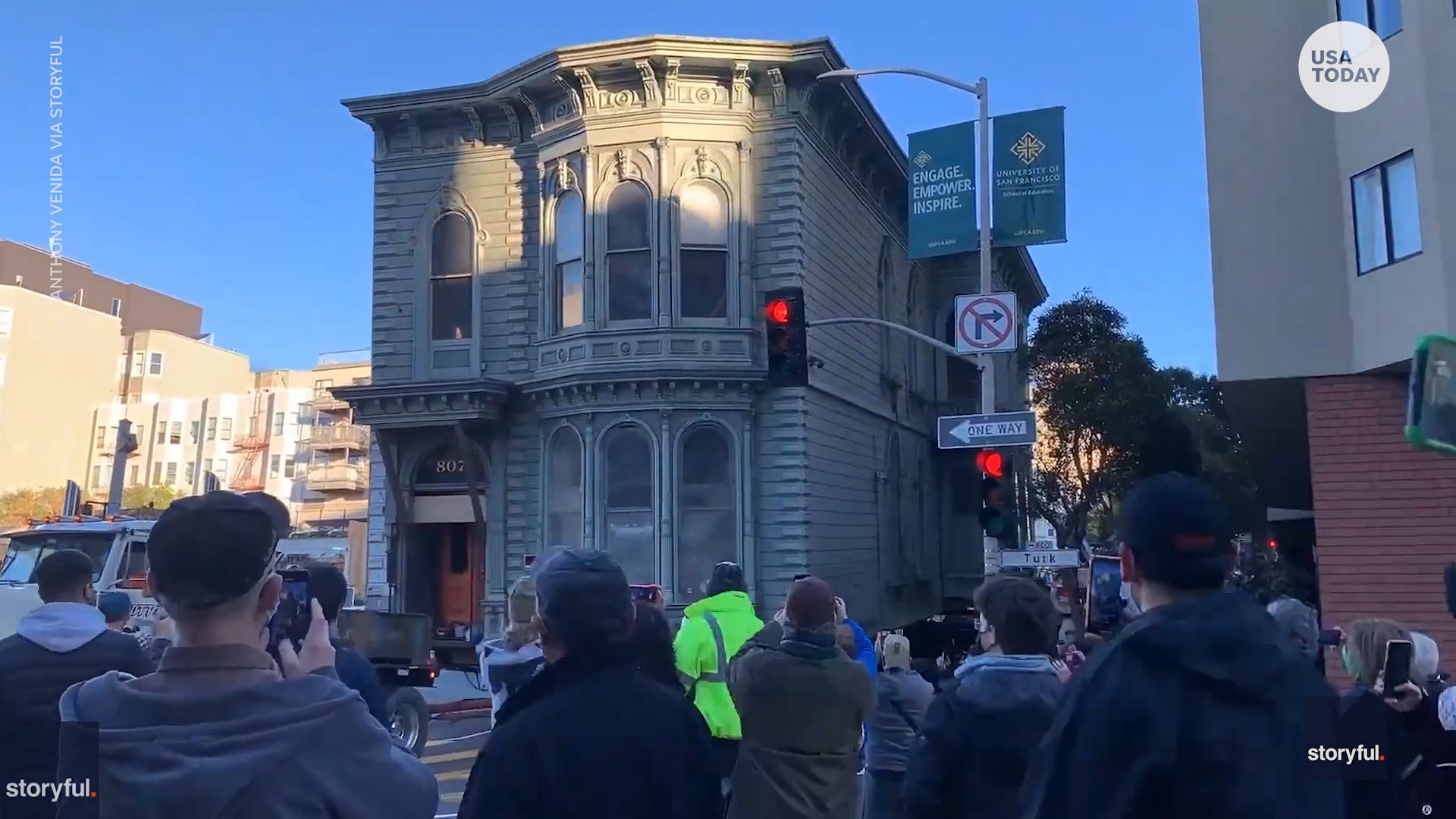 Time-lapse video shows 139-year-old Victorian home moved to new address in San Francisco