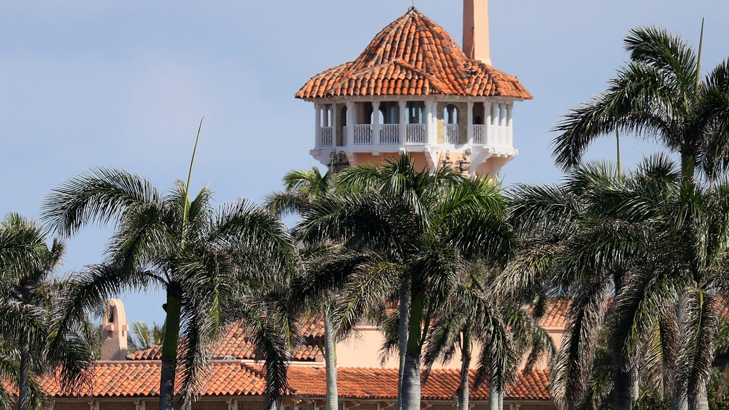 A just monument to the Trump presidency: Bury the 500,000 COVID dead at Mar-a-Lago