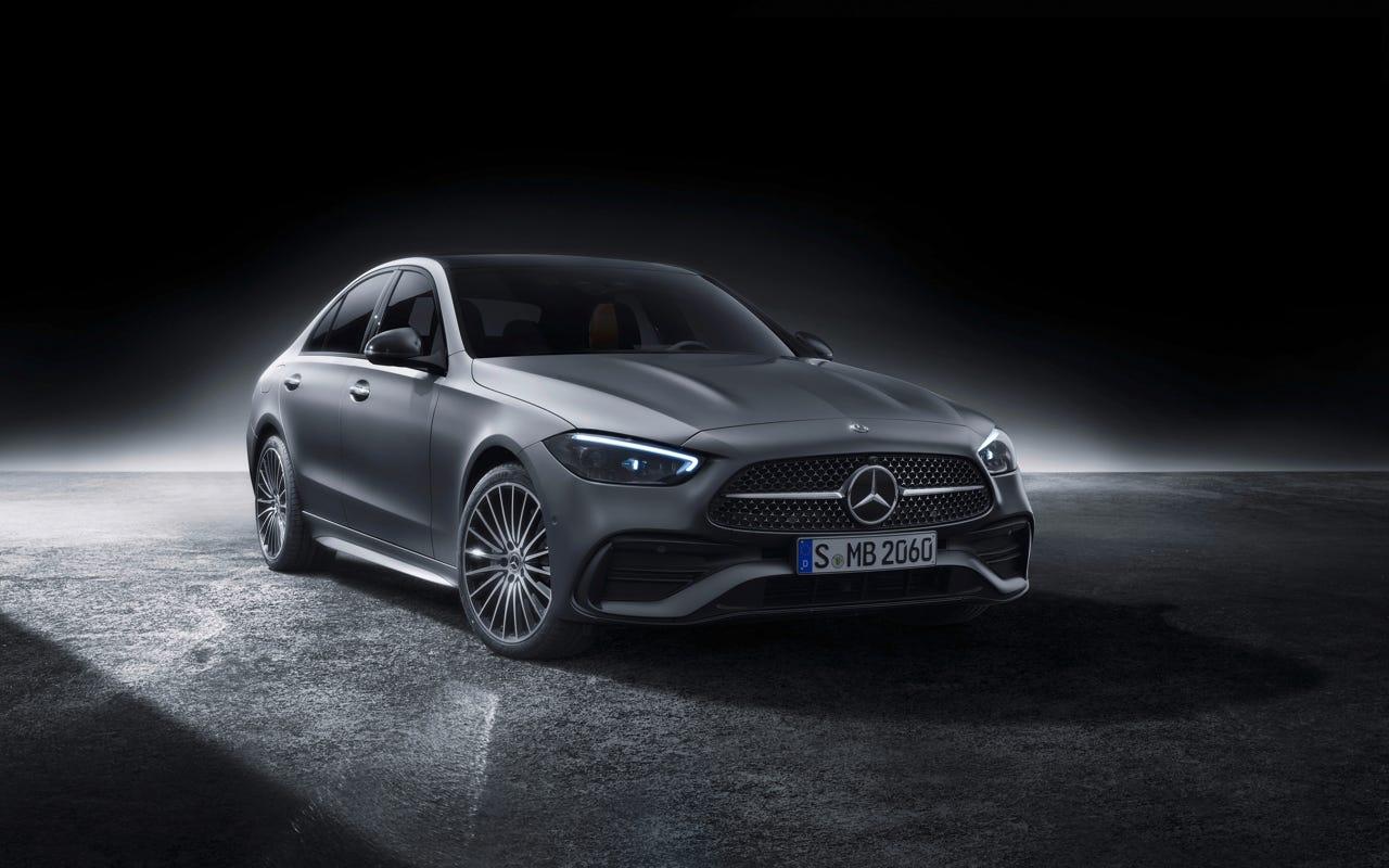 Luxury sedan gets overhaul for 2022