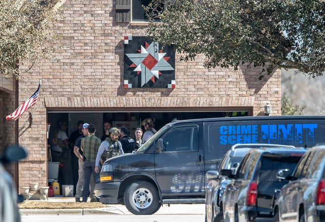 Williamson County sheriff's detectives evacuated nearby homes outside Round Rock after they say 47-year-old John Christopher Crawson had homemade bombs in his house.