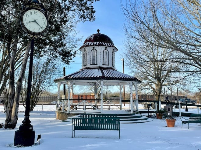 The Smithville area received between 4-6 inches of snow last week as winter storms rolled through Central Texas.
