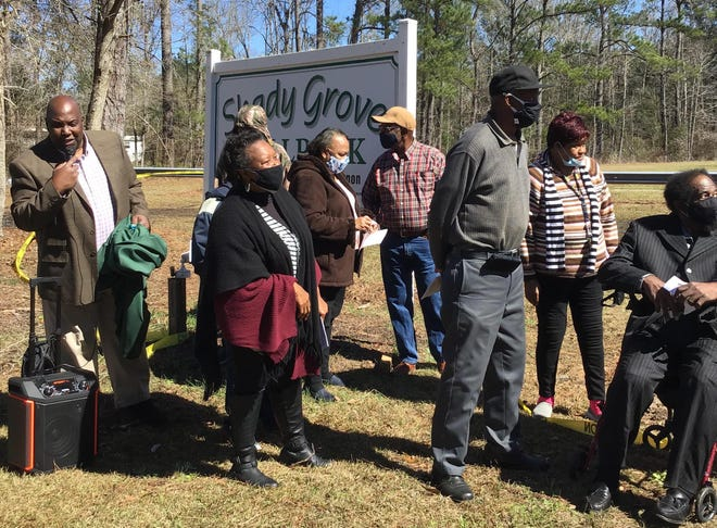 Members of the community gathered with former students and teachers Saturday, February 20, as the Vernon Historical Society hosted dedication ceremonies for placement of the Shady Grove Elementary School historical marker.