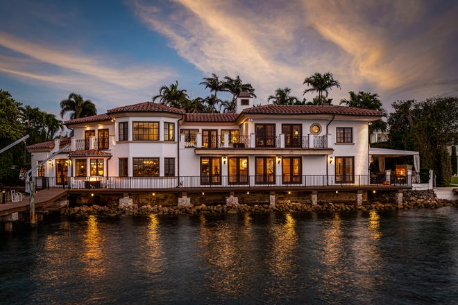 Listed at $45 million, a compound at 1450 N. Lake Way includes the main house, which directly abuts the lakeside seawall. The property is owned by former Palm Beach Town Councilwoman Susan Markin.