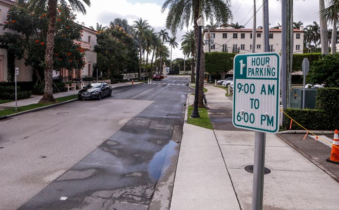 Signs along Four Arts Plaza now allow for one hour parking. Deputy Town Manager Jay Boodeshwar said that although the signs were put up ahead of the April town council meeting, the change falls within the jurisdiction of the town manager's office.
