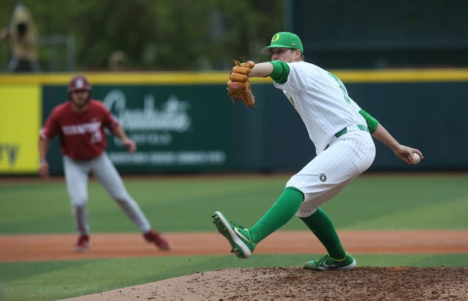 Brett Walker, seen here in a 2019 game against Stanford, threw three innings in Oregon's 4-2 loss to Seattle on Saturday at PK Park.
