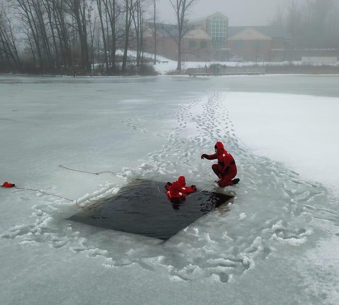 Stark Park Rangers ice training at Sippo Lake.