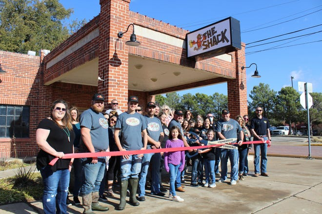 """The Stephenville Chamber of Commerce welcomed new member The Shack with a ribbon-cutting ceremony on Jan. 30. The Shack is a local, family-owned restaurant, located on the downtown square that offers crawfish, shrimp, sausage, corn, potatoes, and more. Co-owner Luke Sims grew up eating crawfish with his family and wanted to bring that experience to Stephenville saying, """"when you cook crawfish, everybody has a good time."""""""