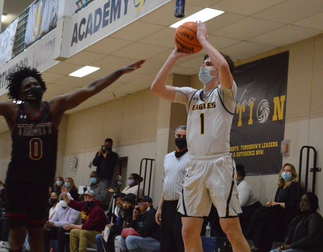 Brady Rankin, a Wilmington Hoggard transfer, scored a game-high 18 points in Northwood Temple's win against Trinity Christian on Monday night.