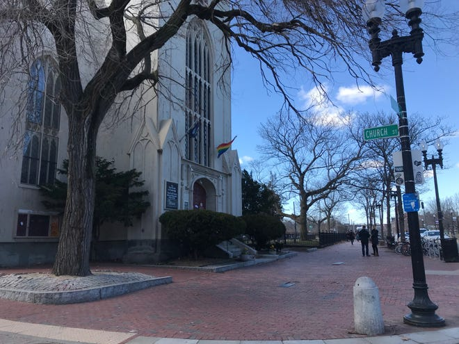 The First Parish in Cambridge is home to Y2Y Harvard Square, a youth shelter.