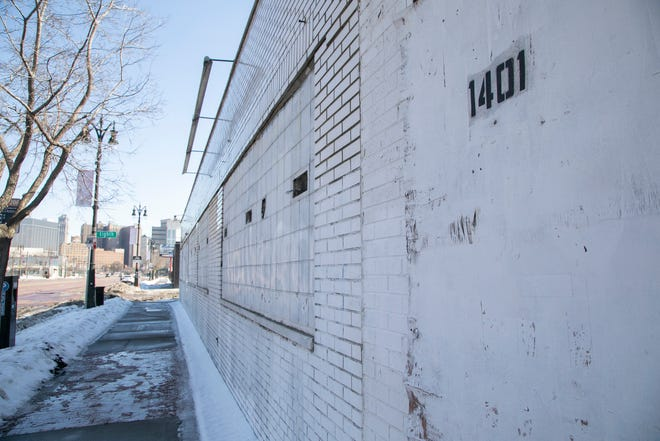 1401 Michigan Avenue in Detroit, will be torn down to make way for the proposed Godfrey Hotel.