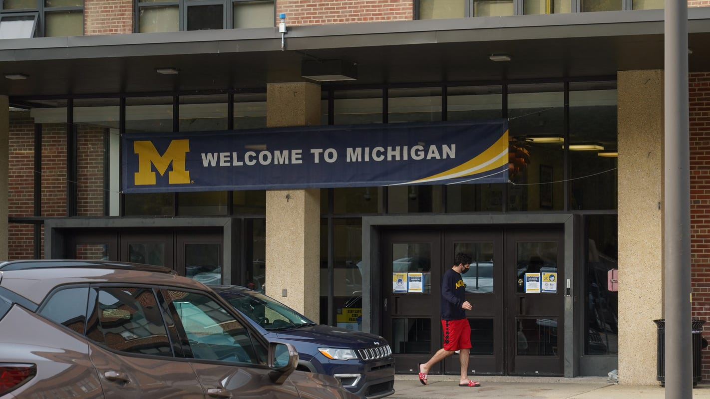 University of Michigan locks out 700 more students who violated COVID-19 testing rules